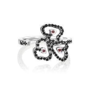 3 heart ring